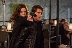 シリーズ初となるイーサンに匹敵する頭脳・身体能力を持つ女性スパイ! - レベッカ・ファーガソン&トム・クルーズ  - (C) 2015 Paramount Pictures. All Rights Reserved.