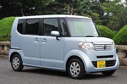 広い室内空間と低燃費、そして優遇された税制度。日本が作り上げた庶民の足、軽自動車に増税が忍び寄っている