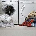 英バーミンガムシティ大学で洗濯の仕方を指導 過保護の声も