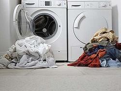 """大学が""""洗濯のやり方""""を指導、新入生の経験不足対応も過保護すぎ?"""