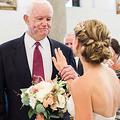 やっと家族が揃った…父の「心臓」を持つ男性とバージンロードを歩く花嫁が感動的