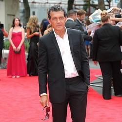 バンデラスがハリウッド引退か「母国の映画にもっと参加したいんだ」。