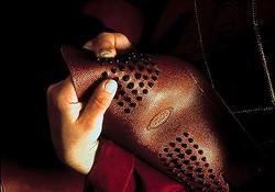 トッズのクラフツマンシップを実演 全国3店舗で「ゴンミーニ」の製作工程を披露