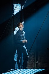 """VIXX ケン、ミュージカル「ハムレット」初公演の感想を伝える""""全ての観客とファンの記憶に残る作品にしたい"""""""