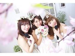 卒業記念にぴったり!ドレス姿で春を感じるフォトジェニックなカラオケルーム登場!!