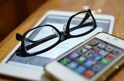 家電の位置付けの携帯電話とは異なるスマートフォン、「買ったママ」じゃダメ