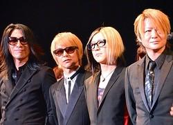 4人の足跡 - GLAY(左から)TAKURO、JIRO、HISASHI、TERU