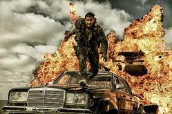 『マッドマックス』の世界にピタリとハマった! MAN WITH A MISSIONが流れる予告編公開!  - (C) 2015 VILLAGE ROADSHOW FILMS (BVI) LIMITED