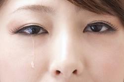 て 時 腫れ 対処 の が た 法 目 泣い
