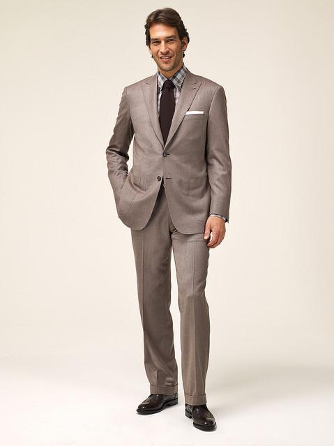 【2011-2012秋冬新作情報】ブリオーニからカシミア原毛を使用したスーツが登場