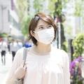 マスクを長時間つけていると臭くなるのはなぜ?歯科医師に聞いた