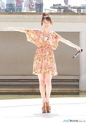 小松未可子、ららぽーと豊洲で「cosmic EXPO」発売記念イベントを開催