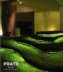 東京都・西荻窪に公園感覚で憩える、全面芝生のカフェバーオープン