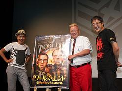 トークイベントで危ない会話を繰り広げた(左から)水道橋博士、トニー・クロスビー、町山智浩
