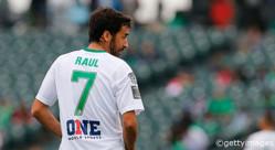 2015年に現役引退した世界の偉大なサッカー選手25人
