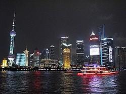 上海の美しい夜景の裏に潜むものは…