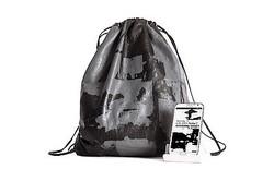 アレキサンダー・ワン×サムスン電子 スマホでデザインしたバッグ発売