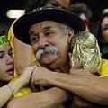 ブラジル代表の名物サポーターが死去 ブラジルW杯ドイツ戦で有名に