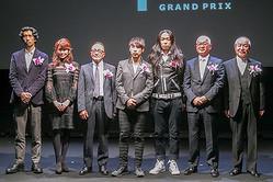 アンダーカバー高橋盾やファセッタズム落合宏理が受賞「毎日ファッション大賞」表彰式