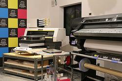 プロ用プリンターを自由に使える印刷工場が原宿にオープン