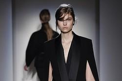 Victoria Beckham、2013~14秋冬の最新コレクション