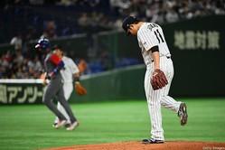 菅野は4回4失点で降板