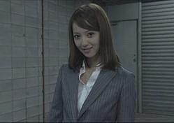「TAKE BLUE」でSキャラ演技を見せた佐々木希さん