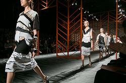 ファッションウィーク東京がミッソーニのショーで開幕<br> 2014年春夏コレクション