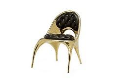 ヴェルサーチとLAアーティストの家具 ミラノサローネで発表