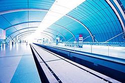 インドネシア・ジャワ島の高速鉄道の受注競争において、中国は日本より遅れて競争に参入したうえで、インドネシア政府の財政負担や債務保証などを求めない破格の条件を提示、受注をさらっていったことは記憶に新しい。(イメージ写真提供:123RF)