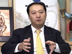 「曲数とそれを支えるシステム開発力が強み」と話す鉄人化計画の日野洋一社長