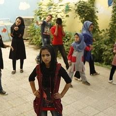 ドキュメンタリー映画『ソニータ』ラッパーを夢見る難民少女、悲しみや怒りを歌に込め運命を変える