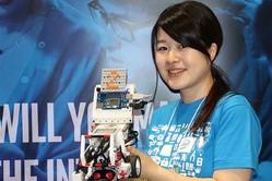 親子で夏の思い出を!インテル Edison でリモコン操作できるロボットカーを走らせるワークショップを開催
