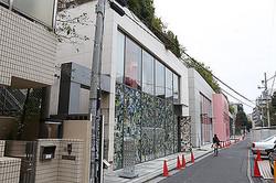 青山の裏通りが″新ブランドストリート″に 日本初出店が集中