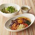 もっと野菜と玄米を!Cafe「スパイスプラス 横浜ビジネスパーク店」オープン—ロイヤルホスト