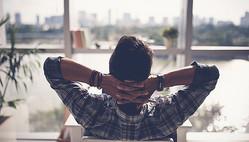 睡眠専門医がグッスリ眠るために必ず守っていること6つ 睡眠ファースト習慣