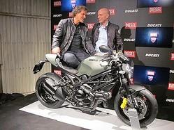ディーゼル×ドゥカティのミリタリーバイクからモーターウェア誕生