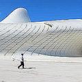 ザハ・ハディド氏が設計したアゼルバイジャンの建造物を訪問し驚き