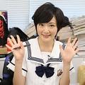 ジャンプ大好きっコの乃木坂46・いこまちゃんがジャンプ編集部を直撃! この様子はスマホアプリ「ジャンプLIVE」で!