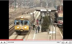 【YouTube】電車一両にすし詰め状態?