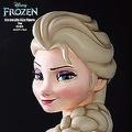「アナと雪の女王」のアナ&エルサ 等身大フィギュアが発売へ