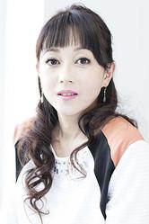 現在のアイドルについて「私たちの頃とはアイドルの形が違うんだなあと思うことはある」と浅香唯さん
