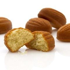 サダハル・アオキから白いサツマイモを使った焼き菓子「フォンダン シロサツマ」が登場