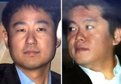 宮内被告(左)と15日午前、東京地裁へ入る堀江被告。(資料写真06年3月17日 /撮影:吉川忠行)