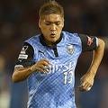 広告看板を蹴って破損、川崎F大久保は2試合の出場停止