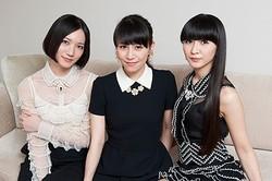 初のドキュメンタリーでこれまでにない素顔を見せたPerfumeの三人(のっち、あ〜ちゃん、かしゆか)  - 写真:奥山智明