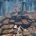 ジャカルタ近郊の町で大量のドラッグを焼却処分(画像はmegapolitan.kompas.comのスクリーンショット)