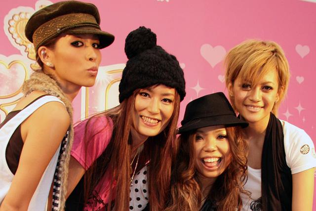 左から星あや、MIE、AILA、hiromi