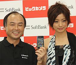 予想を上回る好調な売れ行きをみせた「iPhone」