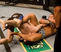 """UFC初登場を一本勝ちで飾った郷野、ついたあだ名は""""ザ・ジャパニーズ・センセーション"""""""